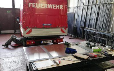 Schanzzeugablage für den Pritschenwagen: VFA/FF-Urschendorf